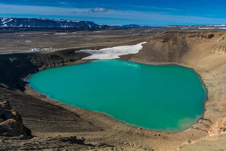 Viti Crater Lake Blue Water Islanda