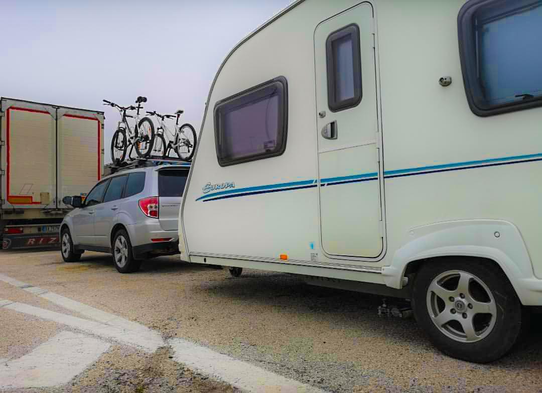italia bari highway parking